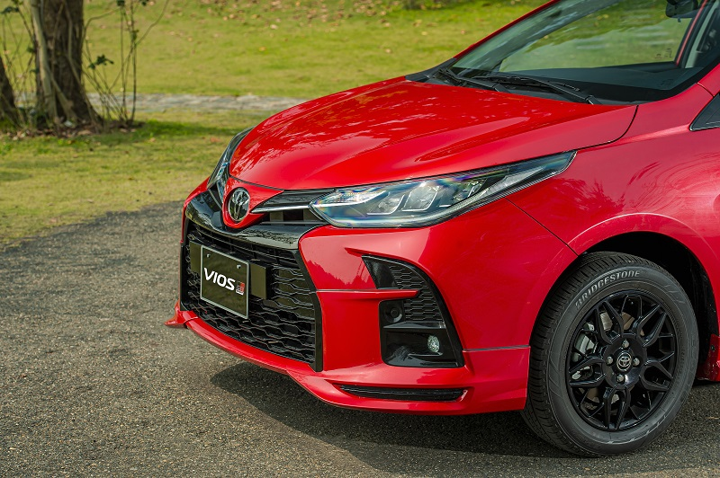 Toyota Vios RS chi tiet 13