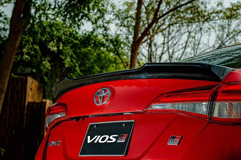 Toyota Vios RS chi tiet 14