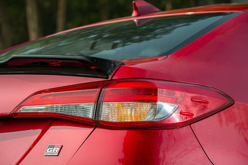 Toyota Vios RS chi tiet 22