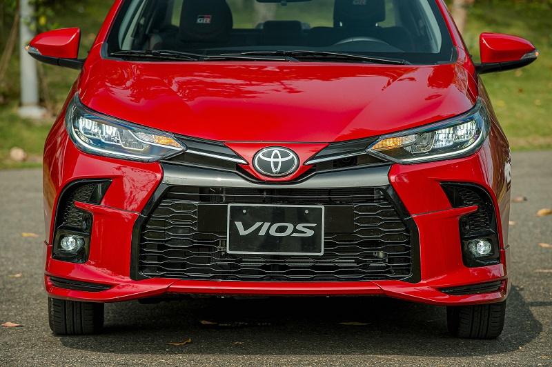 Toyota Vios RS chi tiet 3