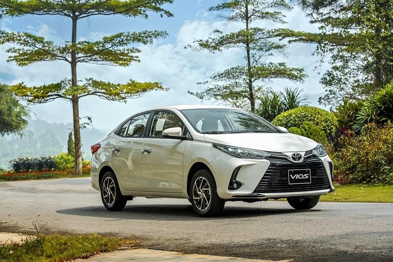 Toyota Vios White 0b