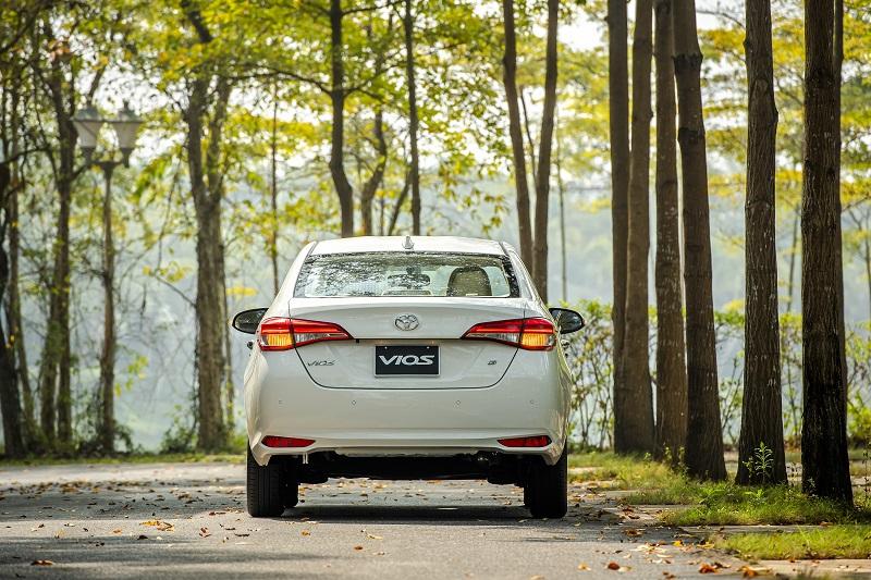 Toyota Vios White A 7